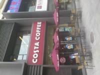COSTA COFFEE(友和店)