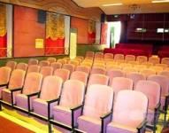 东湖影剧院