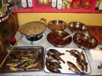 本地鸡炖菜馆