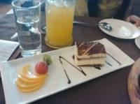 绿茵阁西餐厅(正义路店)