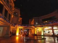 戛纳湾欧洲风情购物街